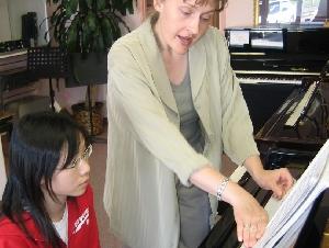 佳音琴行一对一教学 钢琴,小提琴,吉他,
