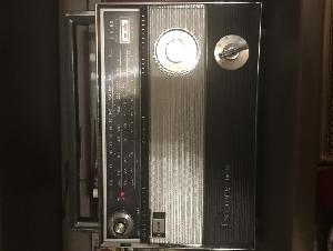 八十年代古老收音機sony