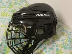 9成新滑冰最大号头盔