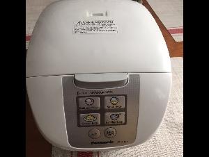 很新的松下微电脑电饭煲只要70刀拿走