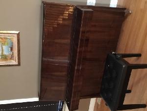 PETROF牌钢琴