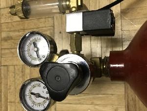 鱼缸用二氧化碳钢瓶, 计泡器, 减压伐, 电磁阀一套