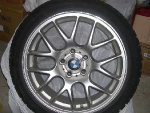 Bridgestone Blizzak WS70 | 225/45R18  雪胎,带宝马rim