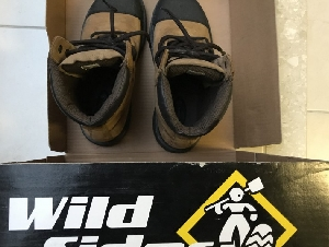 Wild Sider boots, 安全鞋 (size 8)
