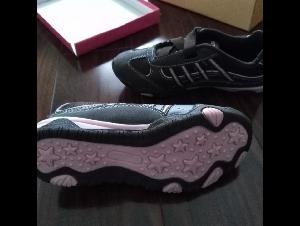 全新女童旅游鞋